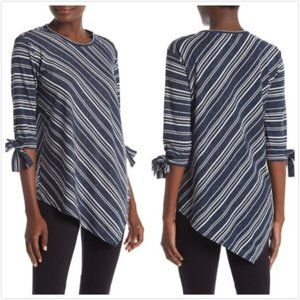 NWT Vince Camuto Striped Asymmetrical Top